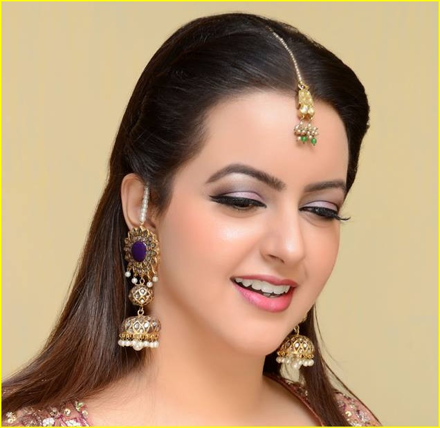 Traditional bridal hair and make-up in San Bernardino